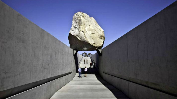 "Art Muse Los Angeles at ""Levitated Mass"""